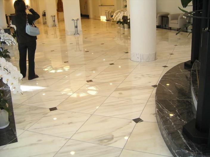 Hotel Caldia Realizzazione Pavimenti, Rivestimento pareti e Scale