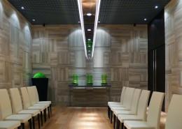 Luxury Room realizzazione rivestimento pareti in travertino silver