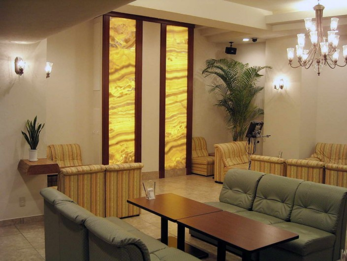 Hotel in Yellow onyx - 10
