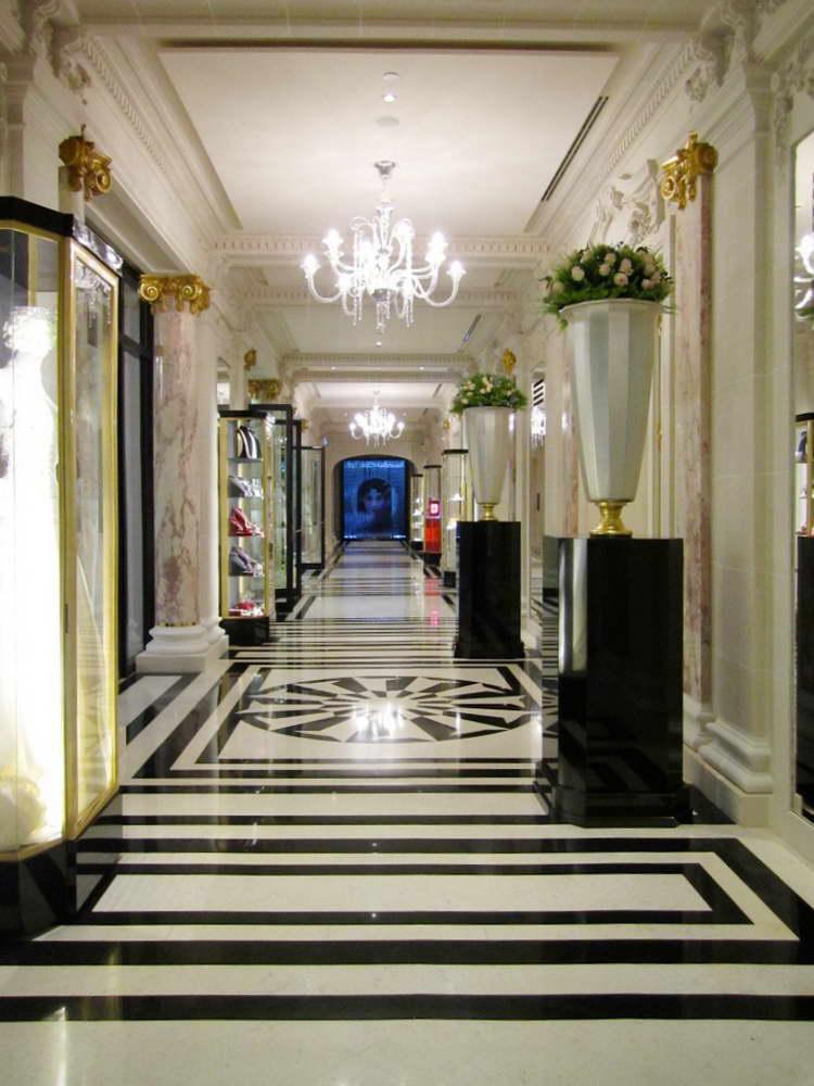 hotel peninsula paris. Black Bedroom Furniture Sets. Home Design Ideas