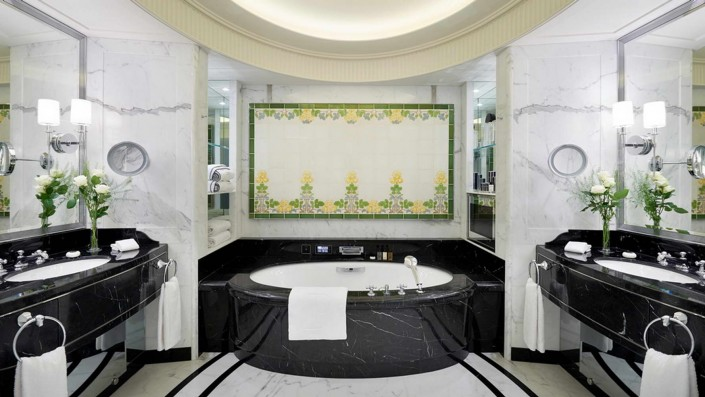 Hotel Peninsula, Paris, Nero Marquina Marble Bathroom, Marble Bathtub