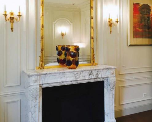 Hotel Peninsula Rosewood, Black Marquina, Bianco Carrara Marble