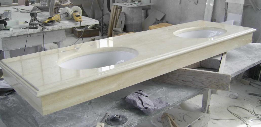 Platten und Waschbecken aus Marmor, Badewannen, Duschwannen ...