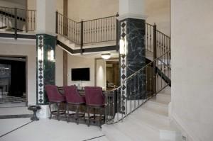 Villa Privata Usa Scala e Decorazioni in Marmo