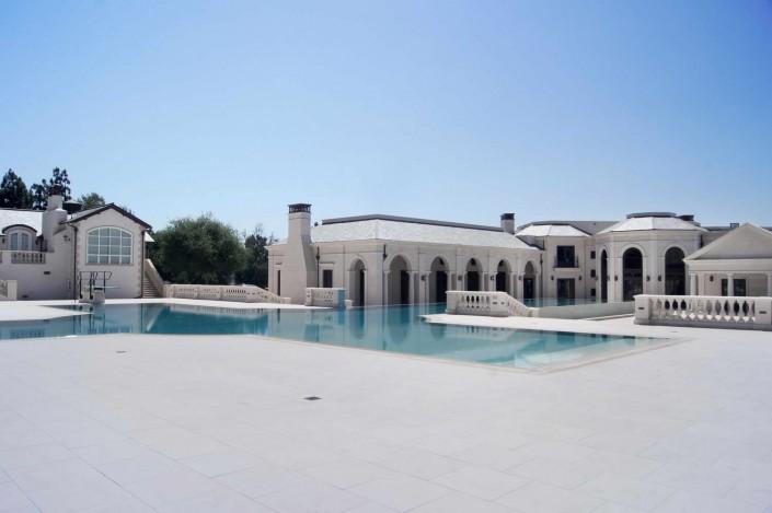Villa Americana Pavimento piscina in marmo