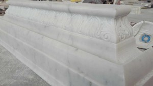 Capitelli in Marmo di Carrara 001