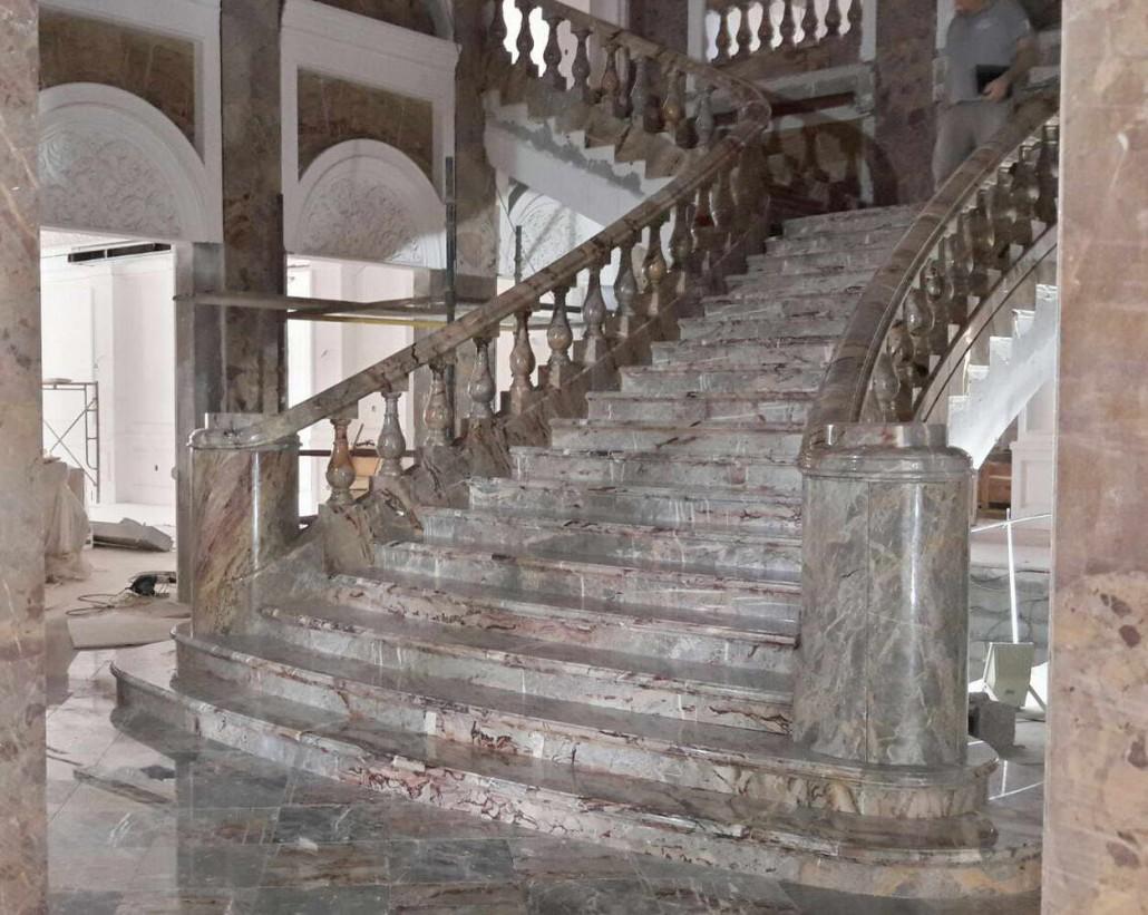 Scala in marmo sarracolin arabia saudita - Scale di marmo ...